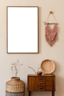 Kreative komposition der innenarchitektur des wohnzimmers mit mock-up-posterrahmen und zubehör