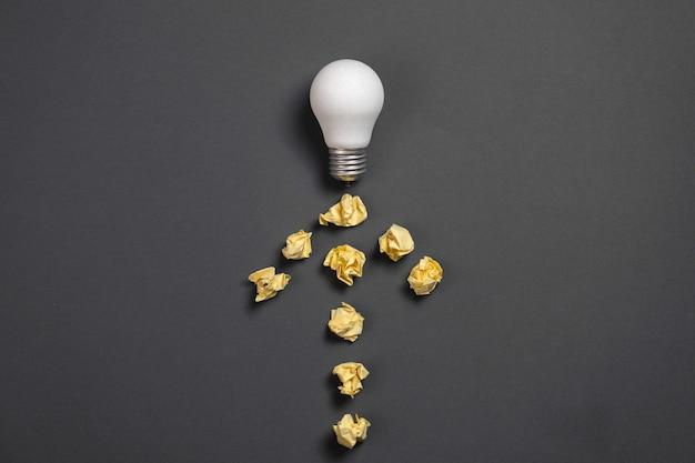 Kreative lösung beim brainstorming.