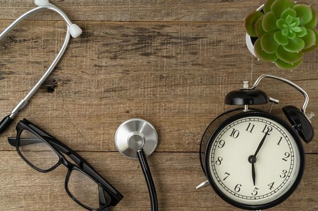 Kreatives konzept für medizin und gesundheitswesen