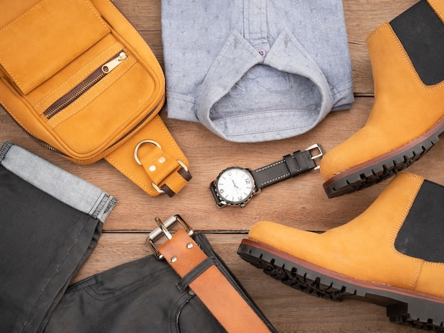 Kreatives modedesign für herren-freizeitbekleidung und accessoires aus leder
