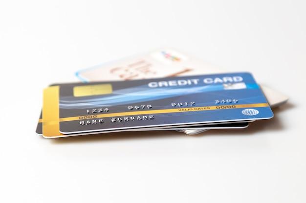 Kreditkartenmodell auf weiß