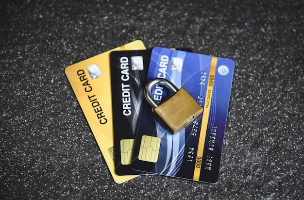 Kreditkartensicherheit internetdaten - verschlüsselungstransaktionen auf kreditkartenschloss gesichert