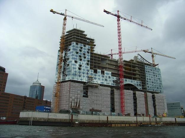 Kreuzfahrthafen hamburg hafen elbe elbphilharmonie
