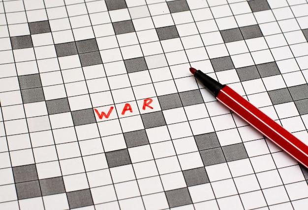 Krieg. text in kreuzworträtsel. rote buchstaben