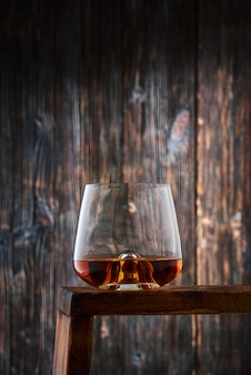 Kristallglas mit whisky