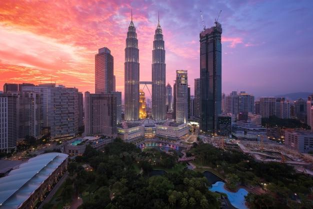 Kuala lumpur, malaysia-skyline