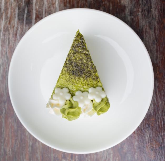 Kuchen des grünen tees in der draufsicht