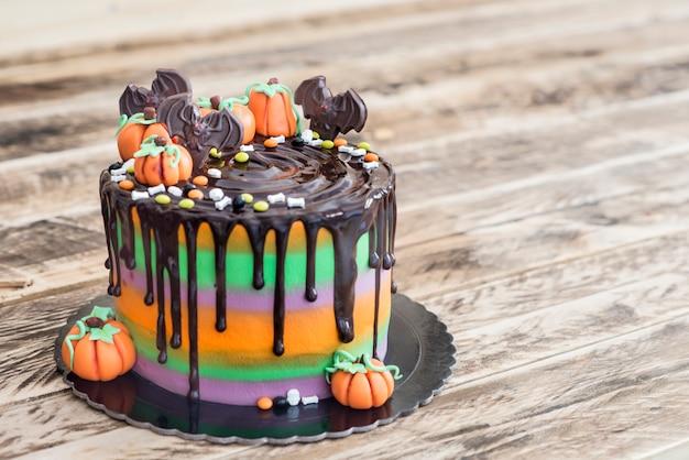 Kuchen für halloween mit schokolade