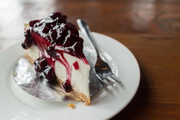Kuchen mit frischkäse und blaubeeren