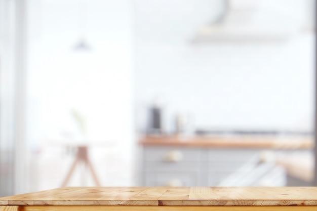 Küchenrauminnenraum mit hölzerner spitzentabelle für produktanzeigenmontage.