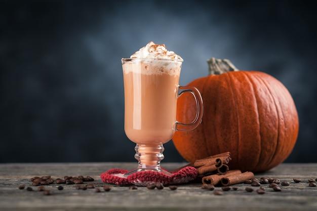 Kürbisgewürz latte