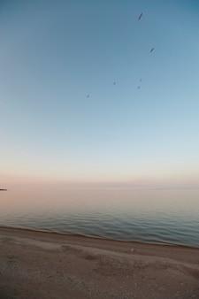 Küstenlinie des sees winnipeg in gimli, manitoba, kanada