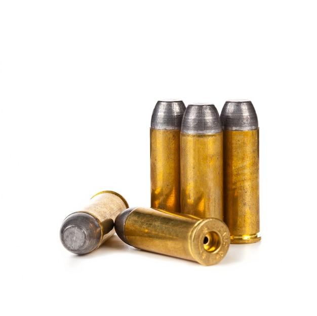 Kugeln auf weißem hintergrund