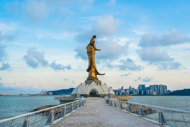 Kun-iam-statuenmarkstein in der macao-stadt