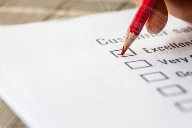 Kunden-checklisten-umfrage ausgezeichnete form für feedback-zufriedenheitszeichen