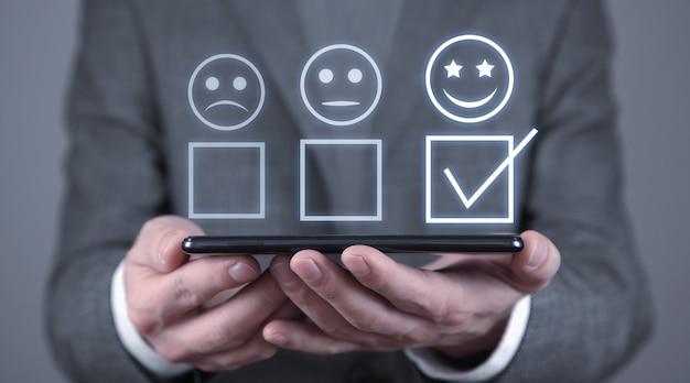 Kundenerfahrung. zufriedenheitsumfrage und kundenservice