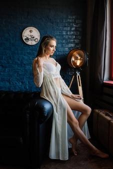 Kunst boudoir mode der schönen wunderschönen frau in dessous