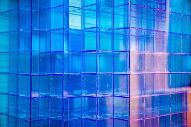 Kunststoff blau kubisch