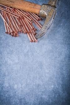 Kupferkonstruktionsnägel vintage klauenhammer