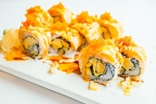 Lachs-sushi-rolle