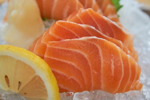 Lachssashimi, japanisches essen