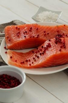Lachsscheiben, gesundes essen