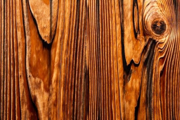 Lackholzkiefer verwendet auf japanischem tempel mit schönem muster.