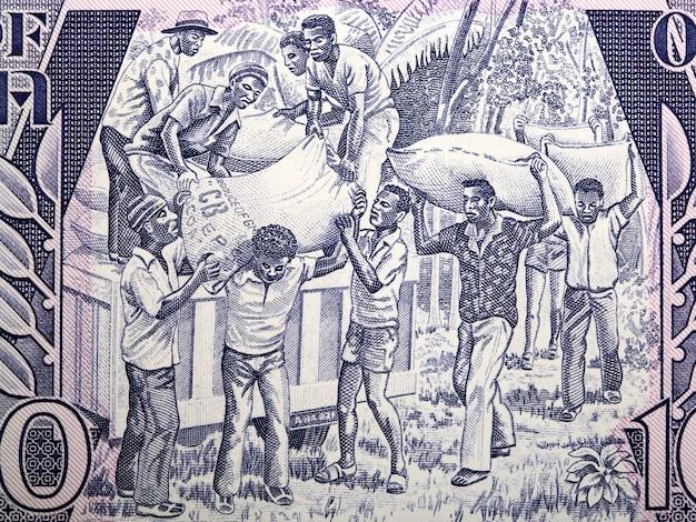 Laden von produkten aus altem ghanaischem geld