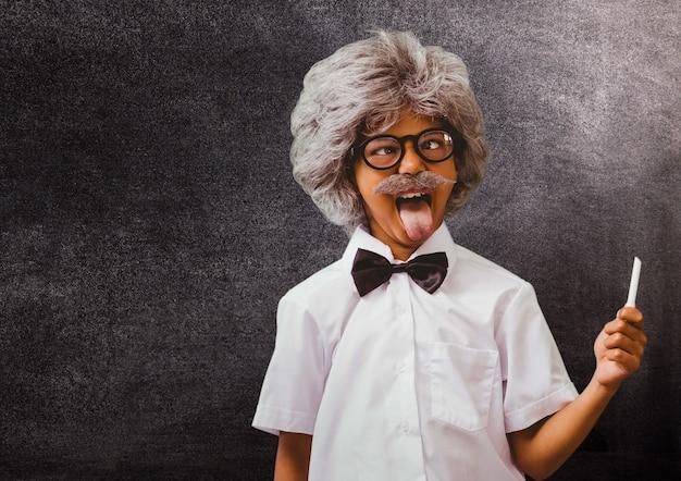 Lächelnde schule glücklich ausbildung verbindung