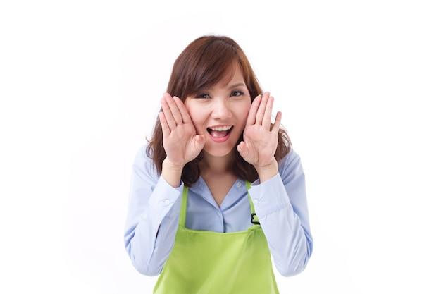 Lächelnder glücklicher ladenbesitzer des kleinen geschäfts