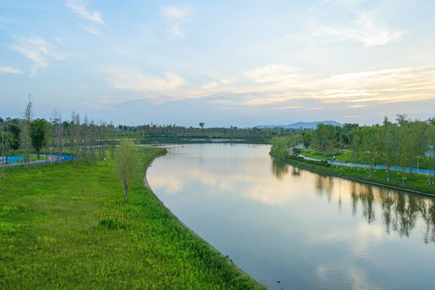 Ländlicher central park, naturlandschaft, bezirk tongliang