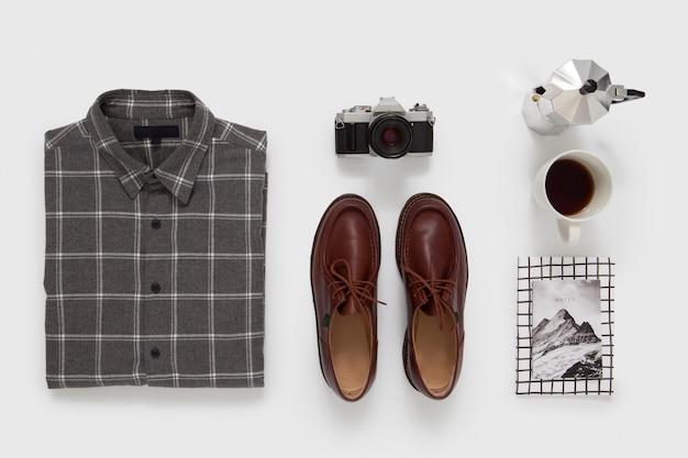 Lässiges männliches outfit