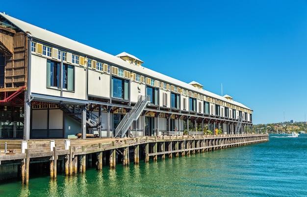 Lagerbüros an der uferpromenade von dawes point in sydney, australien