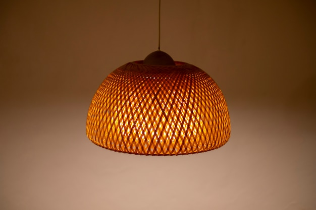 Lampe im thailändischen stil