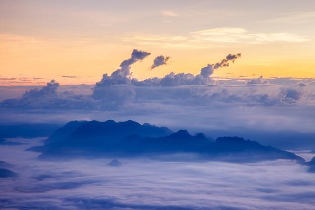 Landschaft bei doi luang chiang dao