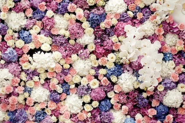 Landschaft bogen bouquet geschenk im freien