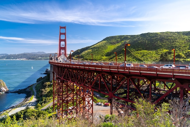 Landschaft der golden gate bridge in san francisco usa