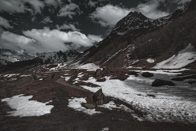 Landschaft des berghangs