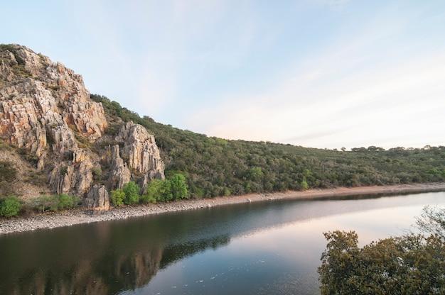 Landschaften und wild lebende tiere in mongrague