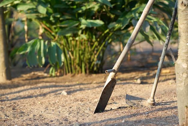 Landwirtwerkzeuge für die landwirtschaft im garten