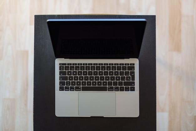 Laptop von oben gesehen