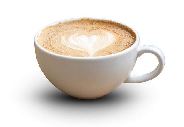 Latte-kaffee oder cappuccino-kaffee in weißer tasse mit latte art