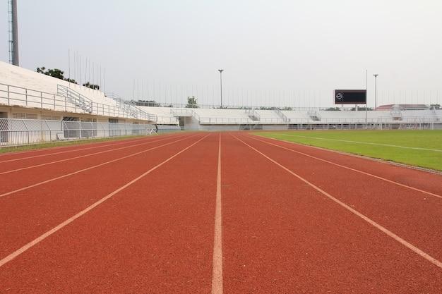 Laufstrecke und stadion feld