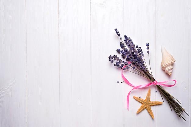 Lavendel-blumenstrauß