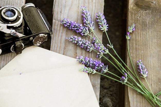 Lavendel und kamera.