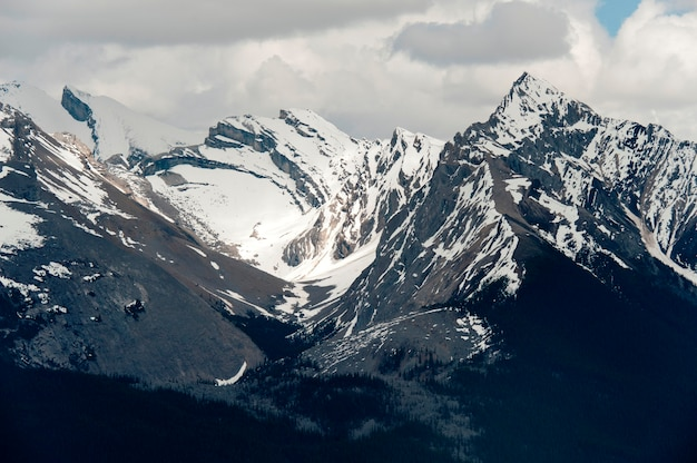 Leah und samson peaks, jasper nationalpark, alberta, kanada