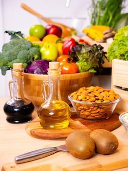 Lebensmittel gemüse und obst für ihr gesundes leben.