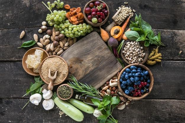 Lebensmittel mit hohem gehalt an antioxidantien anthocyane ballaststoffe protein omega 3 lycopin vitamine mineralstoffe