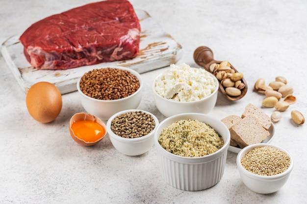 Lebensmittel reich an aminosäuren. produkte, die natürliche aminosäuren enthalten