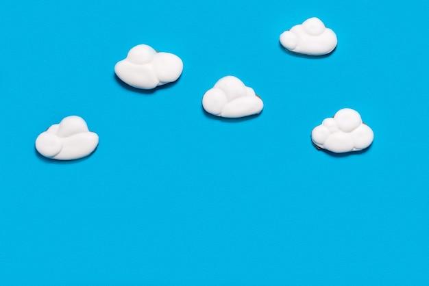 Lebkuchenplätzchen wolkenförmig, cloud-hosting-konzept